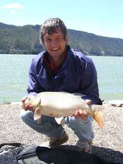 5lb-carp-River-Ebro-27th-Apr-09