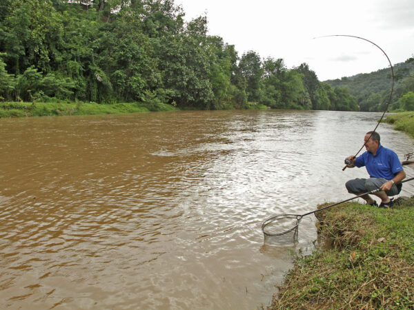 Action on the flooded Babagon River